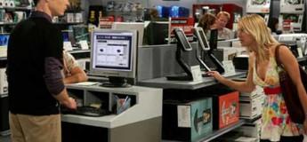 penny-y-sheldon-tienda-computadoras